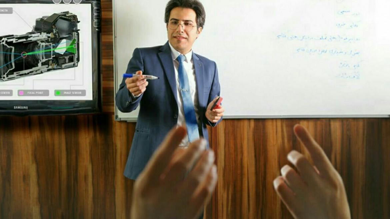 آموزش فتوشاپ توسط استاد سهراب نعیمی