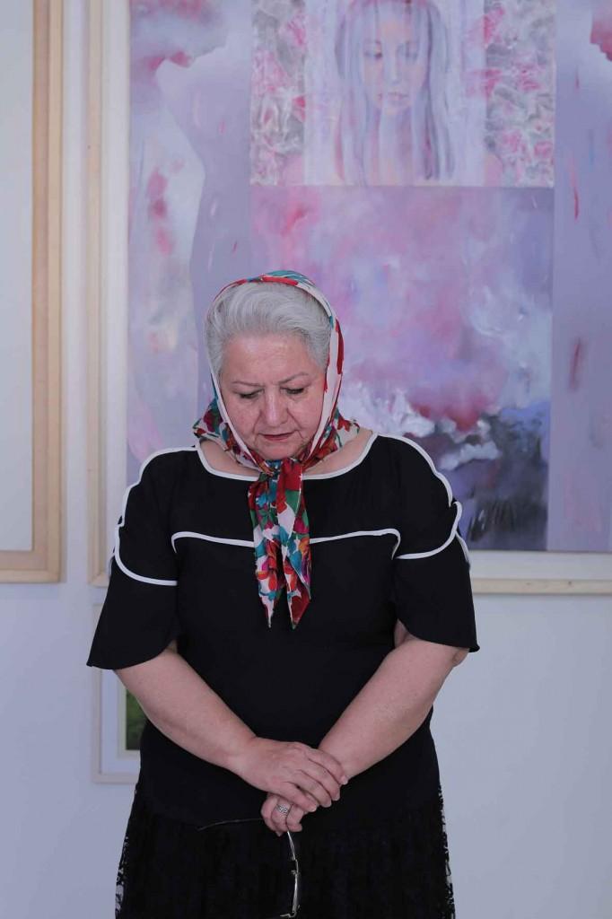 عکاسی از نمایشگاه عکاسی از گالری عکاسی از تابلوی نقاشی عکاسی از آثار هنریر رزرو گالری و نمایشگاه هنرهای تجسمی الیزه در شرق تهران نمایشگاه نگارخانه نقاشی عکاسی مهندس سهراب نعیمی خطاطی آرتیست هنر