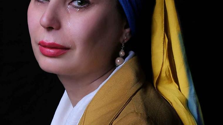 عکاسی هنری. دختری با گوشواره مروارید